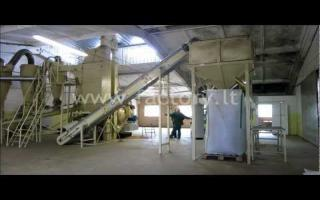Pellet press OGM-1,5A while working with straw set